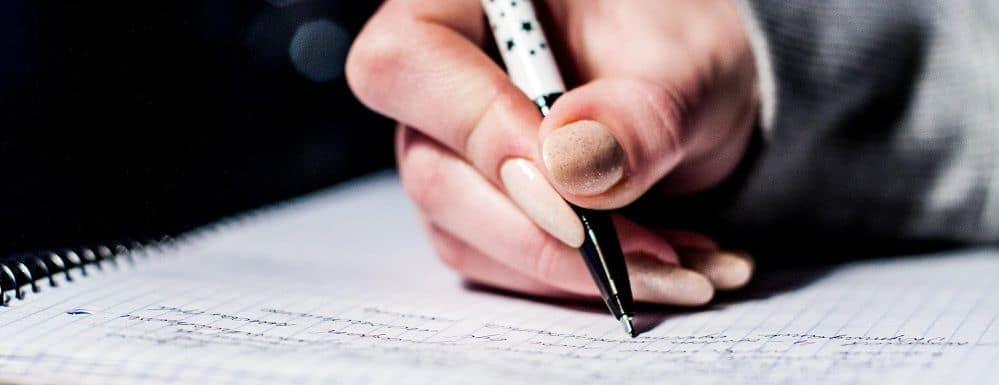 Citação Indireta TCC (ABNT): sugestões de como fazer, exemplo e modelo