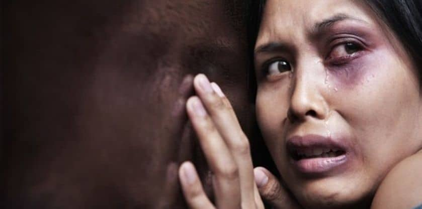 mulher com medo